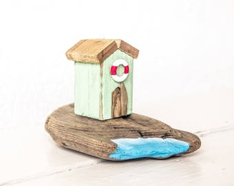 Driftwood Beach Hut, Driftwood House, Driftwood Art, Recycled Art, Driftwood Sculpture, Beach House Decor - Beach Hut No.4