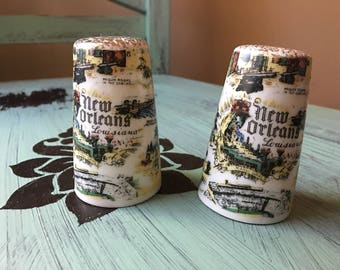 Vintage New Orleans Scenic Salt and Pepper shakers - thriftco ceramics made in japan - louisiana memorabilia souvenir