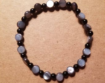 Black and Blue Pearlescent Bead Bracelet