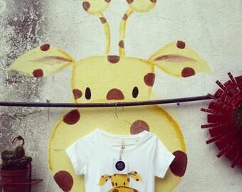 Tshirt Giraffe Hand Painted organic cotton * handpainted organic cotton