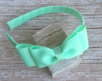Mint headband with a bow, girls headband, plastic headband, mint bow headband, back to school headbands, girls hard headband with bow