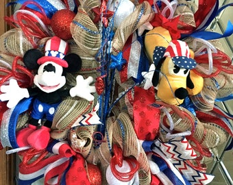 Patriotic Mickey and Pluto Deco Mesh Wreath
