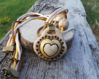 Heart shaped pendant style necklace Thun and rat tail-rope Necklace Heart