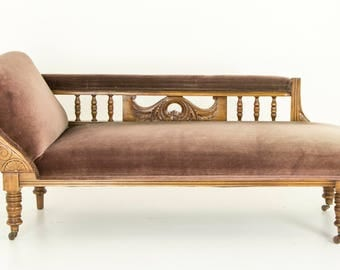 Antique Sofa | Scottish Victorian Walnut Chaise Lounge | Antique Settee | B699
