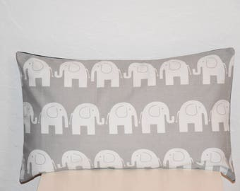 Pillow cover - 50 x 30 cm - Double sided - Elephants pattern fabric - blue and white