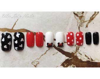 Disney Themed Mickey & Minnie Hand Painted False Nails