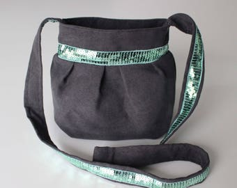 Small purse in gray suede and sequined band Green water bag