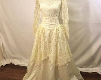 Vintage 50s Lace Wedding Gown