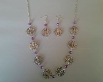 Mother of pearl beads and hammered pieces set