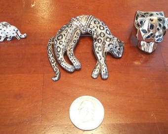 One Cat Pin; One Cat Brooch; One Cat Ring