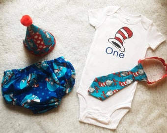 Free shipping,Dr. Seuss,Think,Boy Cake Smash Outfit,Boy 1st Birthday outfit, boy cake smash, Bow Tie and Diaper Cover