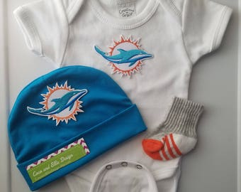 Miami Dolphins baby outfit/baby miami dolphins/miami dolphins baby/miami dolphins baby shower gift/dolphins baby/baby dolphins/miami baby