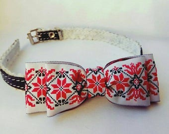 Cat bow tie - Embroidered bow-tie for cat - pull on cat bow tie - Ukrainian style -  Cat collar with bell.