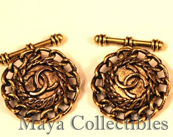 Cufflinks Vintage Chanel 2 Buttons cc Logo Antique Gold Braided On Chain Link Rosettes + Gift Box