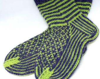 Knitting Women's Wool Warm Socks Ornament Handmade #43. Green