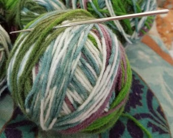 Lot of 10 Balls of Bernat Jacquards Yarn Discontinued Yarn Purple, Blue, White and Green Worsted Weight with FREE Pattern Book!