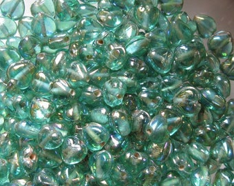 30 Indian beads 6 x 4 mm glass heart.