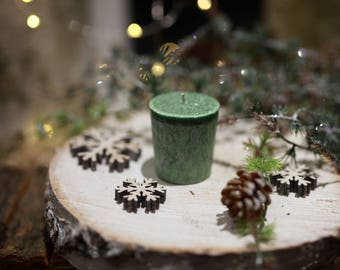 Green Candle .