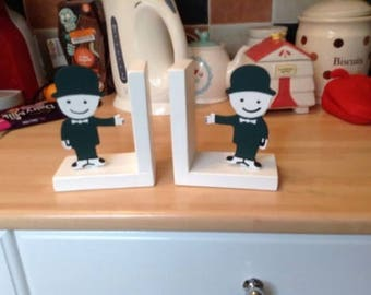 kitchen cook book bookends