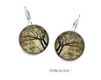 Boucles d'oreilles Dormeuses Pleine Lune , cabochons , Légères ref.193
