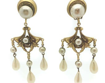 Stunning 1940s JOSEFF OF HOLLYWOOD Pearl Chandelier Clip Earrings