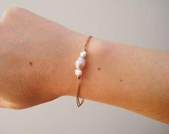 Delicate Pearl bracelet, freshwater pearl rose gold bracelet, silver bracelet, gold bracelet, dainty boho bracelet, pearls, gift for her