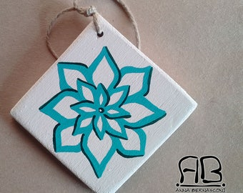 """Christmas decoration """"snow flowers"""" in painted wood (var. white)"""