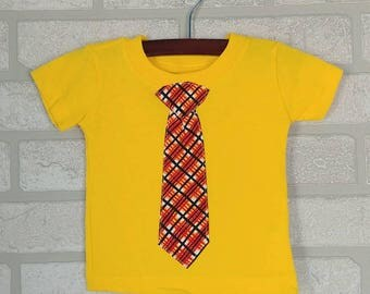 Yellow T-shirt with Plaid Tie