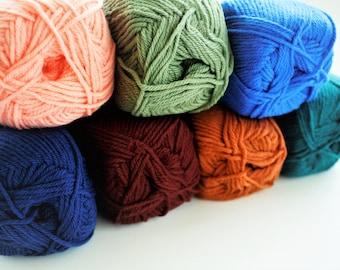 Crochet Yarn,Knitting Yarn, DK Weight Yarn, Double Knitting,  Sirdar Snuggly CLEARANCE