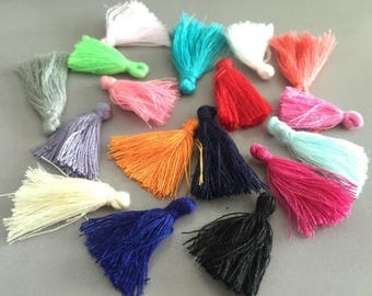 wholesale 100pieces assoretd colors (more than 17colors)30mm string silk cotton ear tassel charms