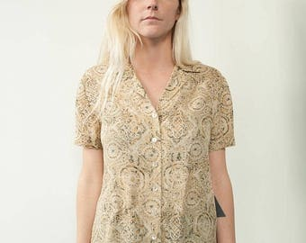 ON SALE 1990's Liz Claiborne Collared Button Down Short Sleeve Shirt