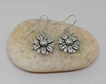 Daisy Earrings, Flower Earrings, Earrings, Dangle Earrings, Sunflower Earrings