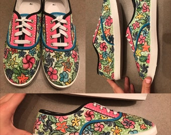 Floral Pattern Hand-Painted Canvas Shoes