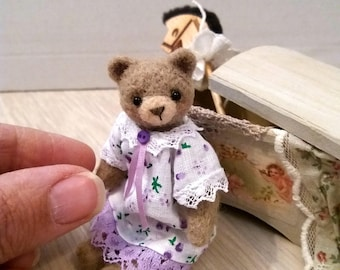 Jenna Bear - artist bear, miniature bear, micro bear, dollhouse bear, tiny bear, art bear, teddy bear, Blythe
