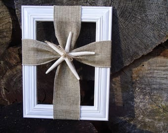 Picture frame burlap cross with seashell