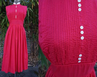 Amazing True Vintage Joan Miller Juniors 1950s or early 1960s Red Rose Cotton Dress Small or X-Small