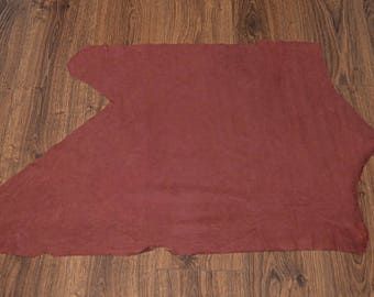 Coupon of leather Burgundy velvet (9195013) finish