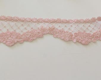 Pink lace guipure 8 cm in width