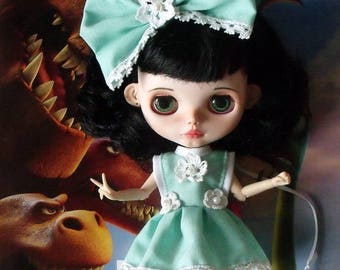 2 x BLYTHE clothes Free shipping