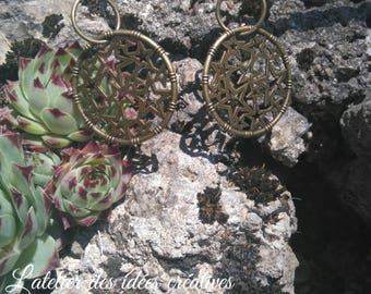Medallion earrings bronze stars