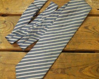 AQUASCUTUM Of London Silk Mens Tie
