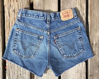 "Levi's 569 26"" Medium Wash High Waist Red Tab Vintage Cutoffs"