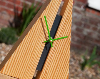 Wooden Clock 'Fissure' - Southern Yellow Pine & Green