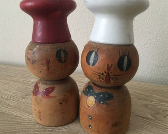 Vintage Kitty Cat Salty and Peppy Salt and Pepper Shakers with Bells!