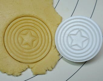 The Shield of Captain America Cookie Cutter and Stamp