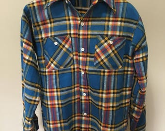 Vintage 1970s Ely flannel button up shirt! Size medium.