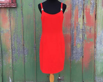 Red 1980s shift dress sz 6 with gold detailing