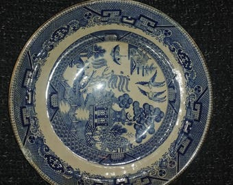 Buffalo Pottery Blue Willow Serving Bowl