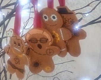 steampunk gingers. gingerbread men. gingerbread girl. set of 4 . alternative gingerbread men. christmas decorations