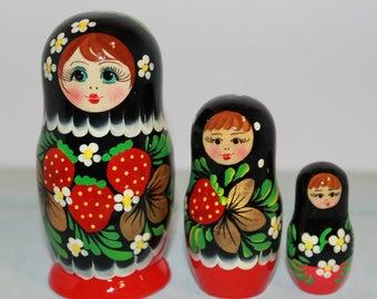 Nesting Dolls, Hand Painted Nesting Dolls, Set Of 3 Nesting Dolls, Nesting Dolls With Strawberry Painted Designs